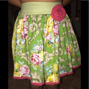 Persnickety Daffodils & Dandelions Dolly Skirt